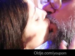 perv old geezer bath-sex with perverted brunette