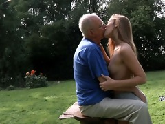grandpapa cleans and fuck alexis\s hairless